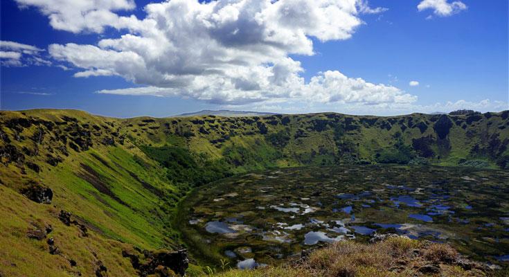イースター島の火山口